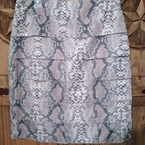 SNAKE PRINT TRIBAL skirt NWT